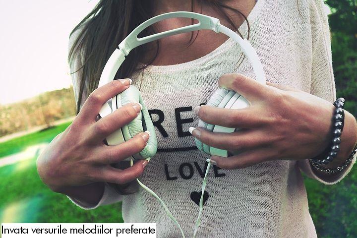 invata-versurile-melodiilor-preferate